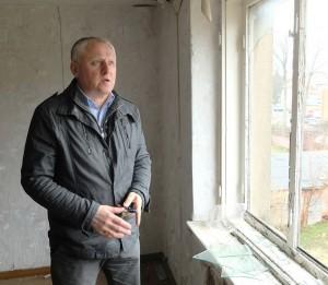 Fotografų klubo pirmininko pavaduotojas Edvardas Jurjonas žadėjo kreiptis į Tarybos narius ir prašyti nenutraukti pastato Liepų g.7 panaudos sutarties.