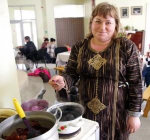 Žolininkė Valentina Baužienė kiaušinius dažė natūraliais dažais.