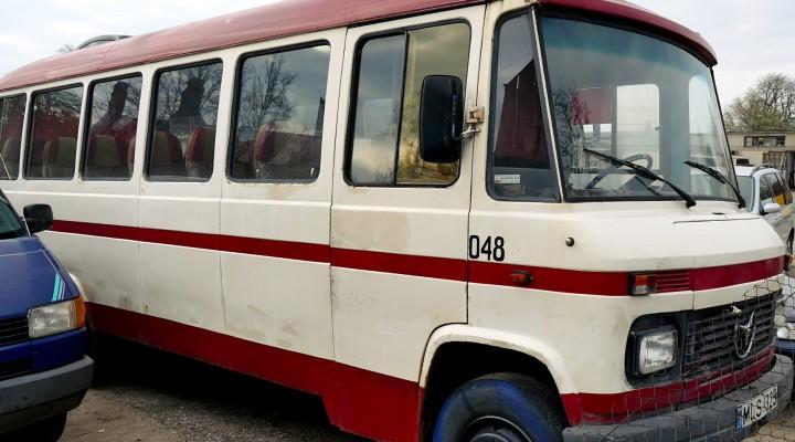 Seniausias UAB Šilutės autobusų parko autobusas pagamintas 1975 metais.