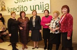 Šilutės kredito unijos paskolų komiteto pirmininkė Birutė Gustienė, valdybos pirmininkė Genovaitė Kimbrienė, vyr. buhalterė Rita Stonienė, paskolų vadybininkė Liudmila Šidlauskienė, vyr. paskolų vadybininkė Lilija Urbonienė, vadybininkė, rizikos vertinimo specialistė Aldona Andžiulienė.
