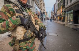 Dėl teroro grėsmės ištuštėjusios Briuselio gatvės.           EPA-ELTA nuotr.