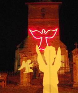 Ant seniausios Klaipėdos krašte evangelikų liuteronų bažnyčios sienos sužibo Angelas.