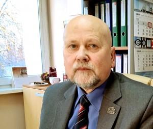 Komunikacijos skyriaus vedėjas Romualdas Eglinskas tikisi visuomenės aktyvumo dalyvaujant apklausoje dėl vietos lauko treniruokliams parinkimo.
