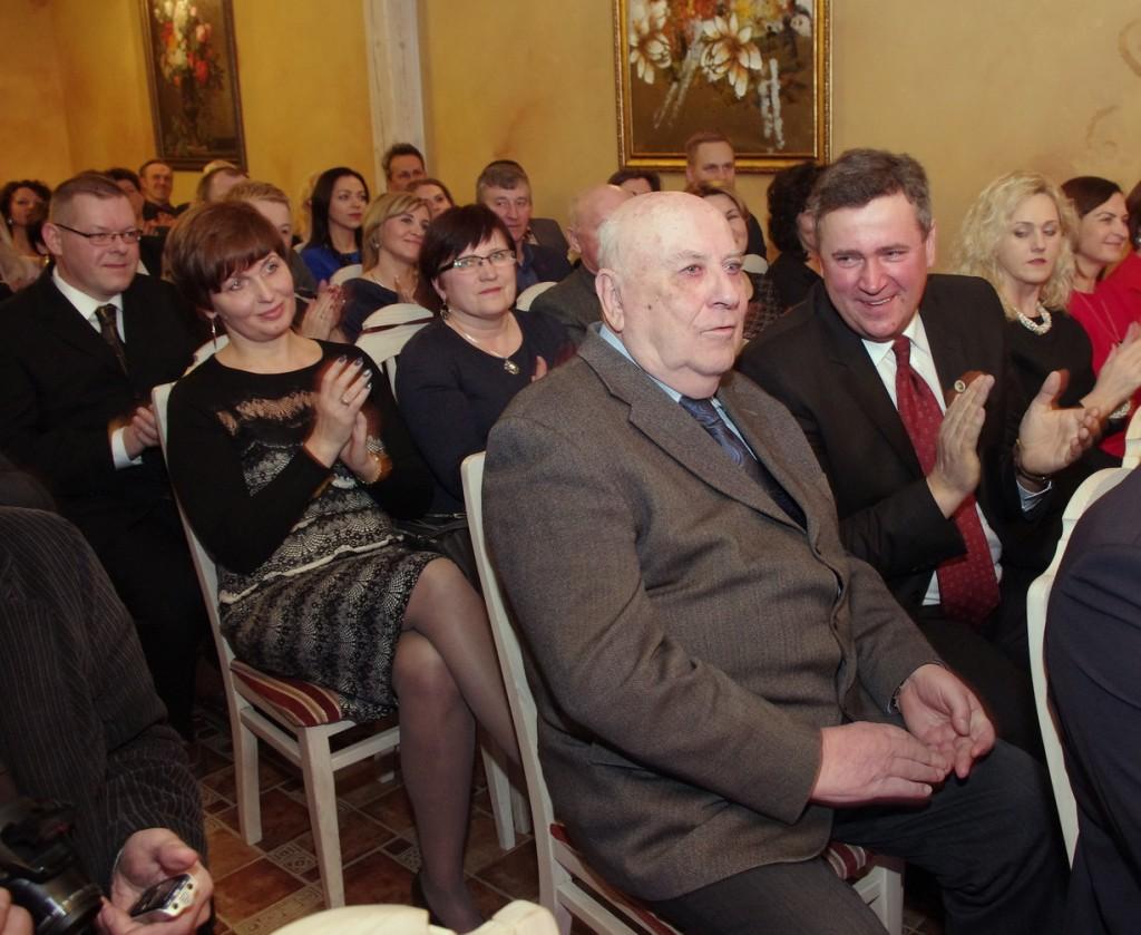 2015 metų švėkšniškiu išrinktas Petras Čeliauskas (centre).