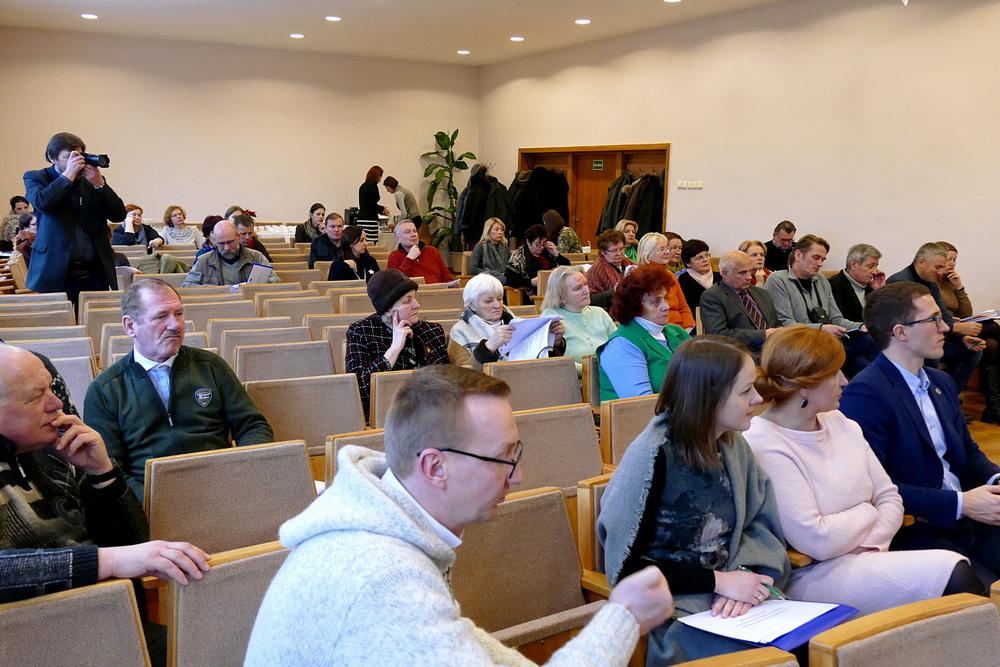 Šilutės bendruomenės atstovai domėjosi savo galimybėmis įgyvendinti strategijoje numatytus projektus.