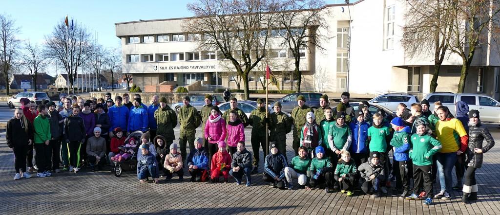 """Vasario 16 – osios """"Laisvės bėgime"""" dalyvavo apie 100 bėgikų."""