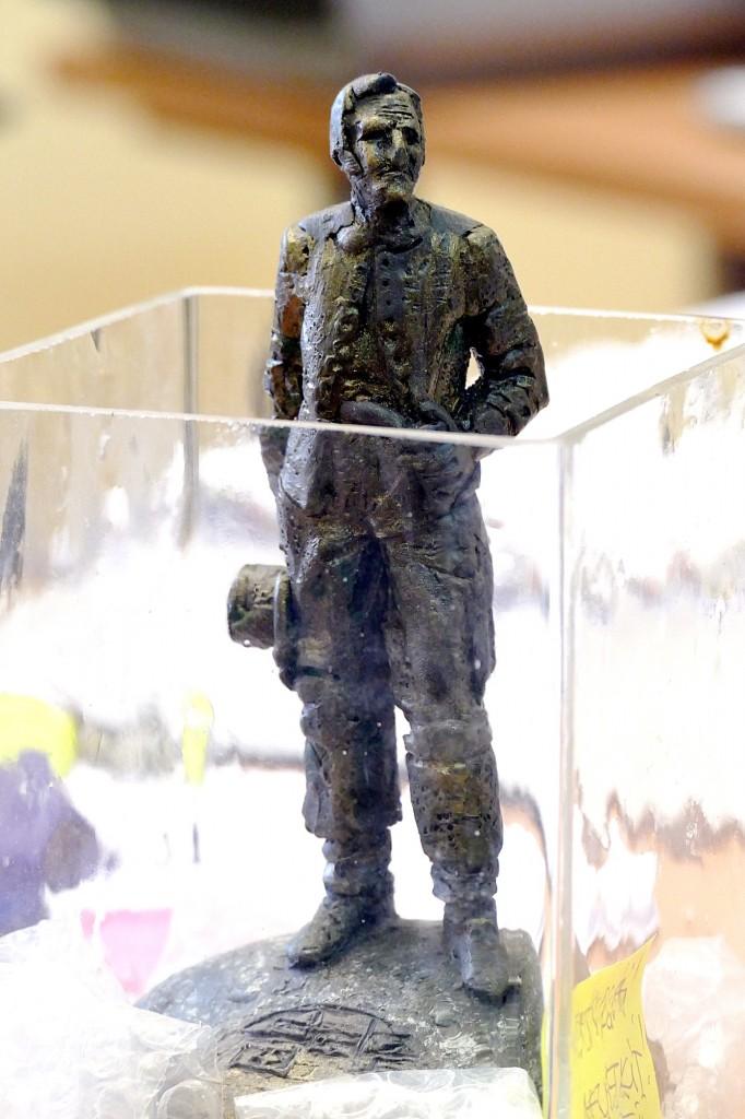 Plastilininis Regimanto Midvikio sukurtos Ernsto Berbomo skulptūros maketas šiuo metu saugomas Šilutės rajono savivaldybės Architektūros ir urbanistikos skyriuje.