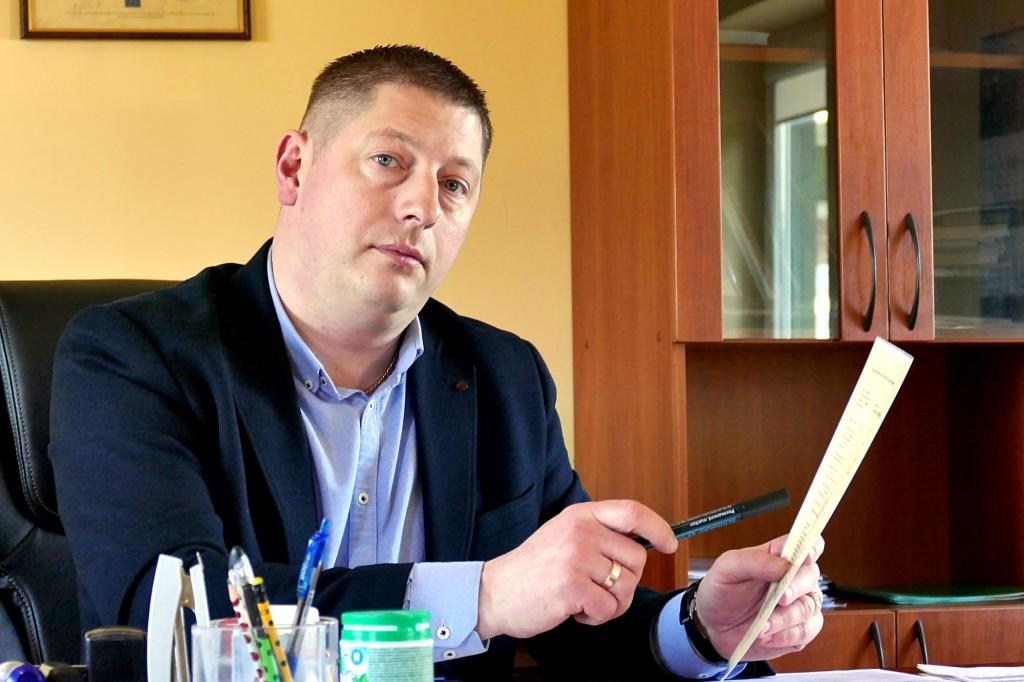"""UAB """"Šilutės veislininkystė"""" direktorius Šarūnas Nenartavičius norėtų Armalėnuose rengti viešus buliukų aukcionus."""