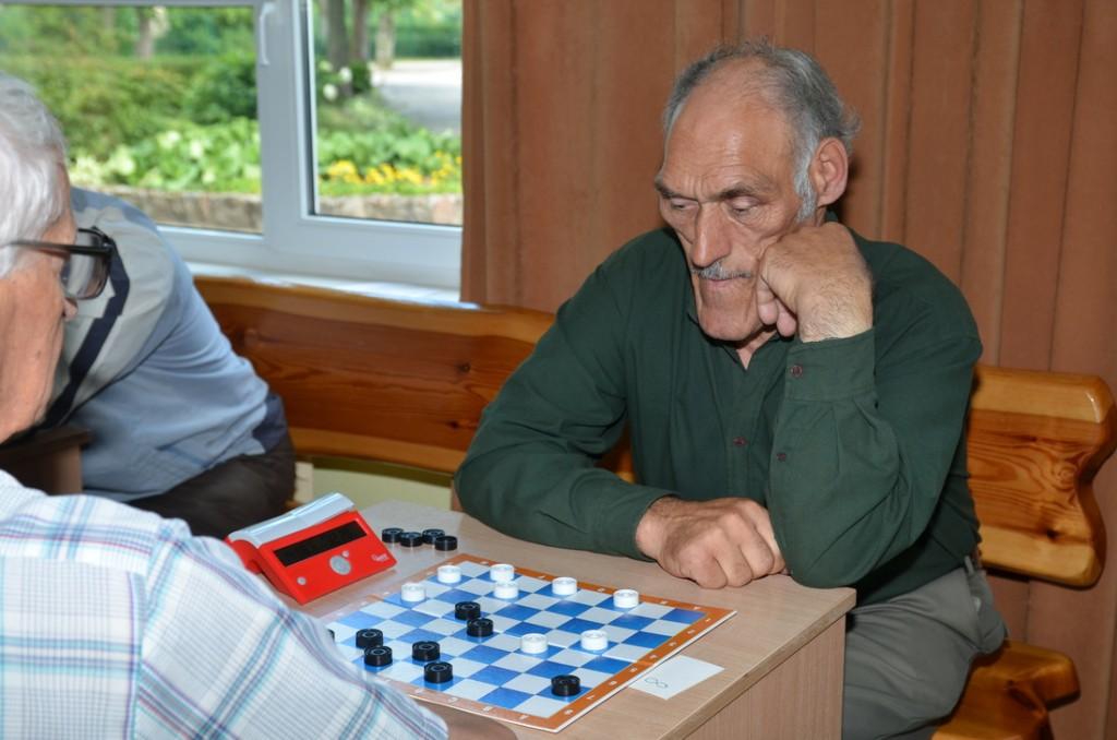 Šilutės rajono asmeninėse šaškių pirmenybėse čempionu tapo ūkininkas iš Stemplių Domas Girčius.