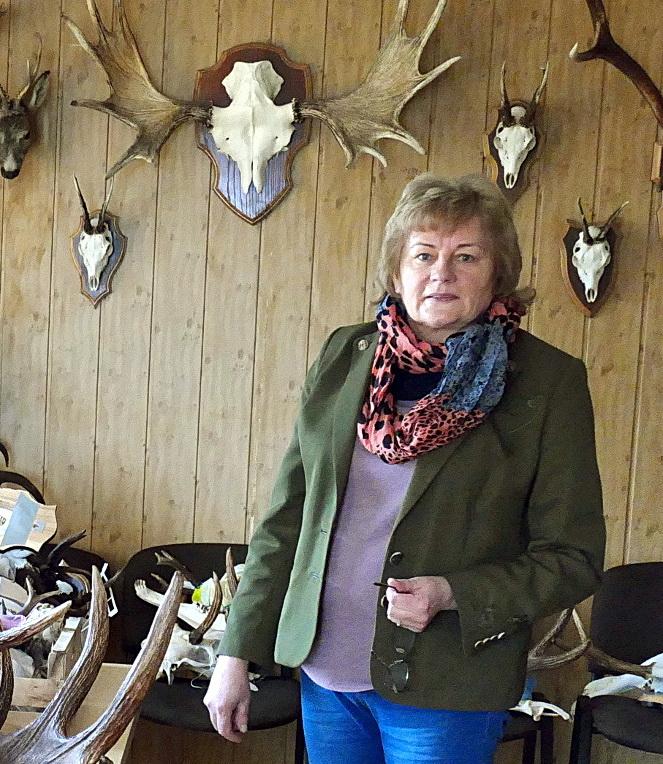 Šilutės rajono medžiotojų ir žvejų draugijos vadovė Nijolė Endrikaitienė.
