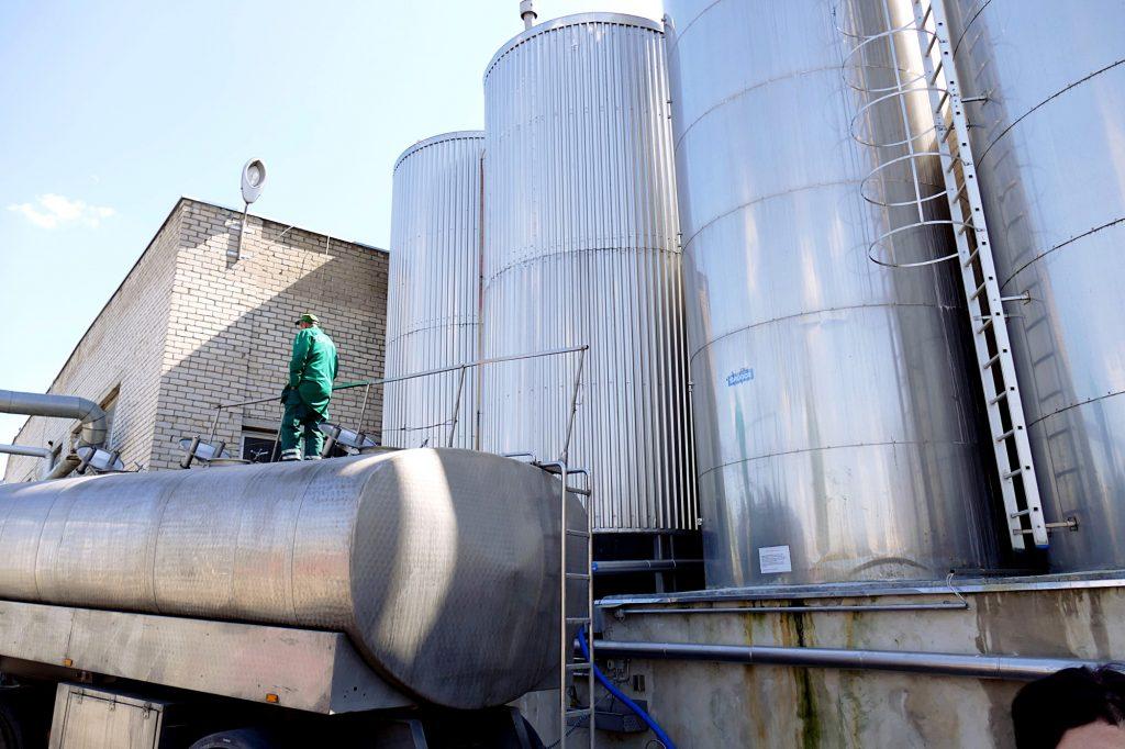 """ABF """"Šilutės Rambynas"""" labiausiai užterštas atliekas sukaupia ir išveža perdirbimui į Tytuvėnus."""