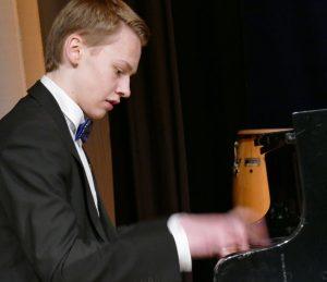 piano.34.aktua