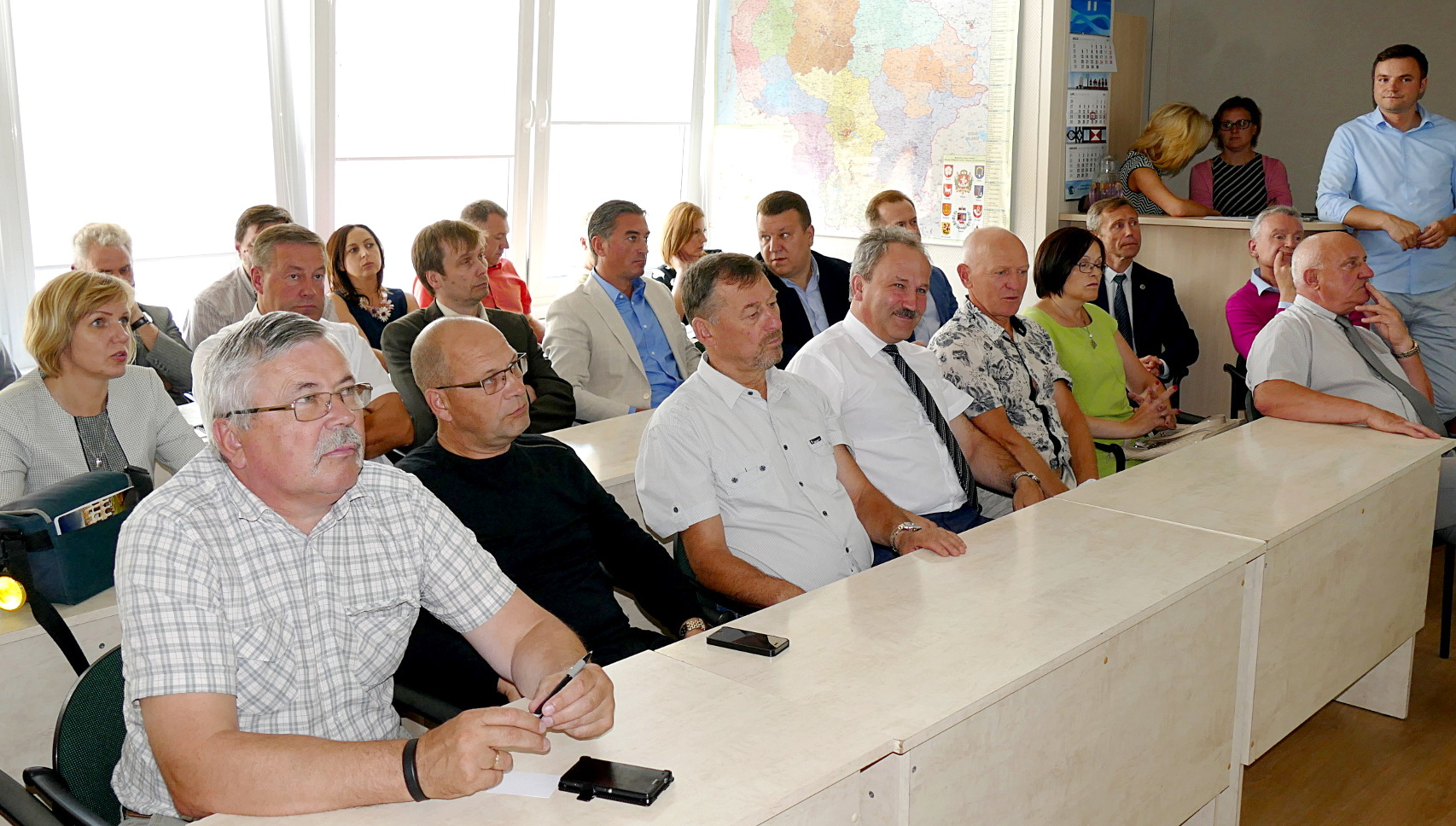 Investicinių projektų pristatymai sulaukė didelio susidomėjimo. Susirinkusieji vos tilpo mažojoje posėdžių salėje.