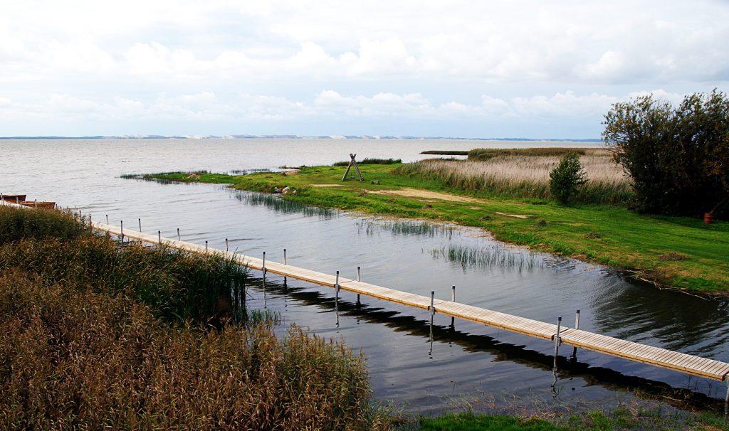 Kintų maudykloje maudytis draudžiama, nes žarnyno lazdelių kiekis leistinas normas viršija beveik dešimt kartų.