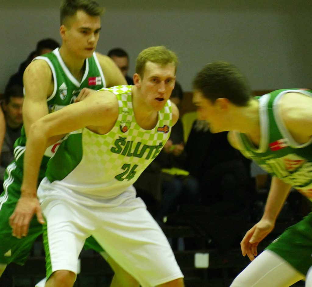 Puolėjas A. Pukelis (205 cm) atkovojo 13 kamuolių ir pelnė 17 taškų.
