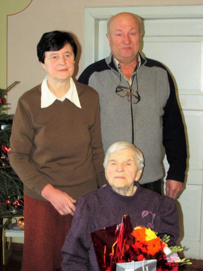 Monika Strazdienė su dukra Rasa ir žentu Henriku Lisausku