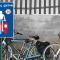 Susisiekimo ministerija siūlo miestuose rengti dviračių gatves